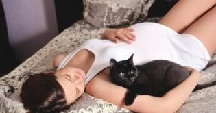 Toxoplazmóza – proč je strašákem těhotných?